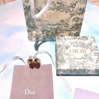 ディオール(Dior)の美品 Dior ディオール レディース  ピアス  新品  真珠 (ピアス)