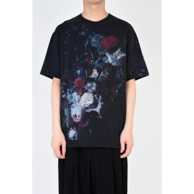 LAD MUSICIAN(ラッドミュージシャン)の【新品】ラッドミュージシャン 42 黒 ダーク 花柄 19SS 川上洋平 メンズのトップス(Tシャツ/カットソー(半袖/袖なし))の商品写真