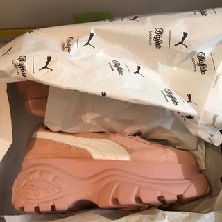 バッファロー(Buffalo)の新品 プーマ  26cm バッファロー ロンドン ピンク 箱付正規 スウェード(スニーカー)