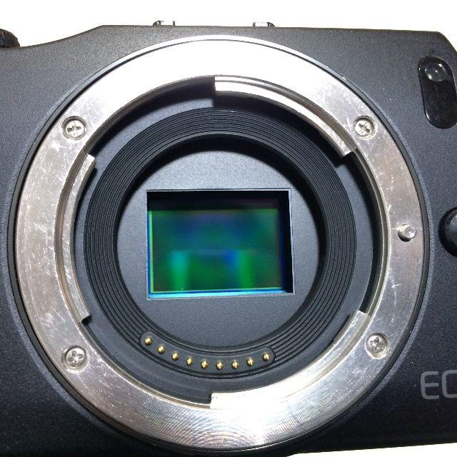 Canon(キヤノン)の値下げ CANON EOS M ボディ スマホ/家電/カメラのカメラ(ミラーレス一眼)の商品写真