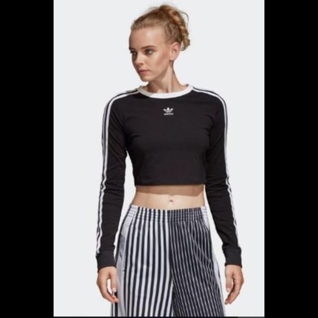 adidas(アディダス)のadidas originals 3ストライプ クロップド丈Tシャツ レディースのトップス(Tシャツ(長袖/七分))の商品写真