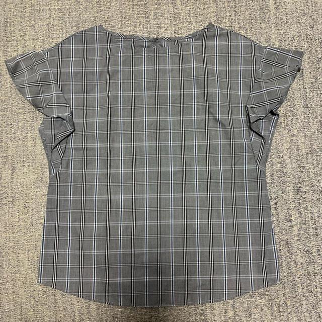 GU(ジーユー)のトップス レディースのトップス(シャツ/ブラウス(半袖/袖なし))の商品写真