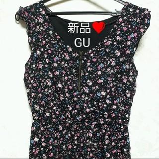 GU - 【新品未使用】GU 花柄ワンピース M