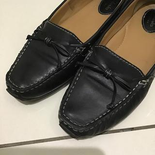クラークス(Clarks)のClarks(クラークス)ローファー パンプス 黒ブラック(ローファー/革靴)