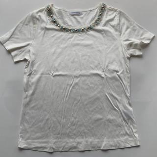 ニューヨーカー(NEWYORKER)の新品 未使用 ニューヨーカー ビジュー付カットソー ホワイト(カットソー(半袖/袖なし))