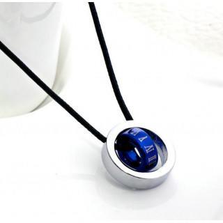 チタン ペンダント ブルー 革ひも ローマ数字刻印付 男女兼用 ネックレス(ネックレス)