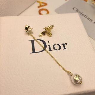 ディオール(Dior)のDior非対称ピアス 大人気(ピアス)