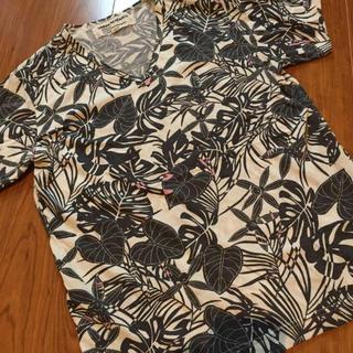 URBAN RESEARCH - 【美中古品♪】URBAN RESEARCH Vネック Tシャツ サイズ40