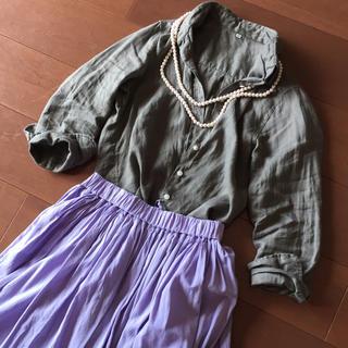 ムジルシリョウヒン(MUJI (無印良品))の無印  リネンシャツ   カーキ  XS(シャツ/ブラウス(長袖/七分))