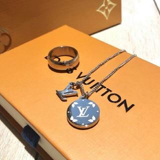 ルイヴィトン(LOUIS VUITTON)の人気 LV 指輪ネクレス 男女通用(リング(指輪))