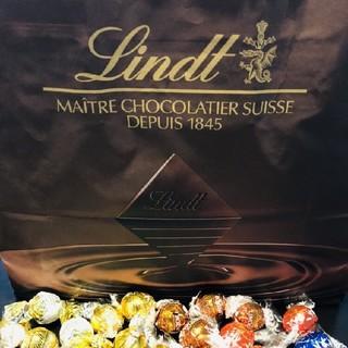 リンツ(Lindt)のティラミス様専用 リンドールチョコレート(菓子/デザート)