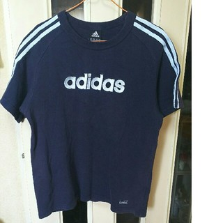 アディダス(adidas)のアディダス Tシャツ!紺!Mサイズ‼(Tシャツ/カットソー(半袖/袖なし))
