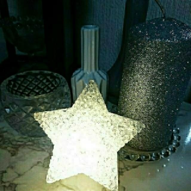 ZARA HOME(ザラホーム)のスター星型星形ルームランプライト インテリア/住まい/日用品のライト/照明/LED(フロアスタンド)の商品写真