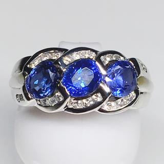 Pt900 プラチナ ダイヤモンド サファイア 豪華 リング 華やか 綺麗 美(リング(指輪))