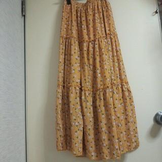 メルロー(merlot)の新品タグ付き メルロット merlot 花柄 マキシスカート (ロングスカート)