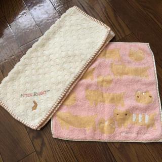 ツモリチサト(TSUMORI CHISATO)のツモリチサトとピーターラビットのハンドタオルセット(タオル/バス用品)