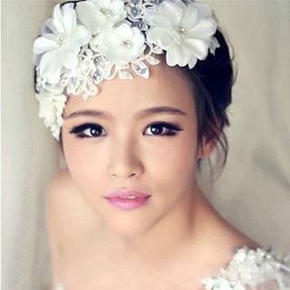 ウエディングブライダルヘッドドレス結婚式髪飾り大白花フラワーヘアコサージュ