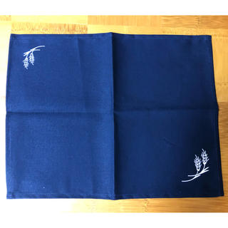 サントリー(サントリー)の非売品 サントリー金麦 麦穂藍敷物(テーブル用品)