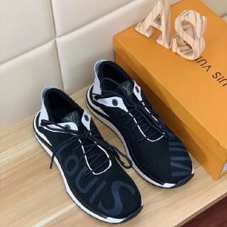 ルイヴィトン(LOUIS VUITTON)のLouisVuitton カジュアルシューズ運動靴グレーサイズ27cm (スニーカー)