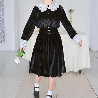 merry jenny - 🖤 velor dolly skirt 👼🏻