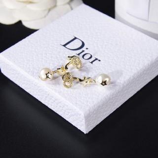 ディオール(Dior)のDior ディオール レディース アクセサリー ピアス (ピアス)