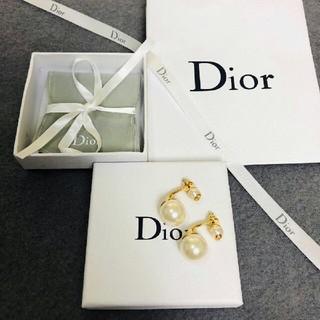 ディオール(Dior)の大人気の  Dior  ピアス(ピアス)