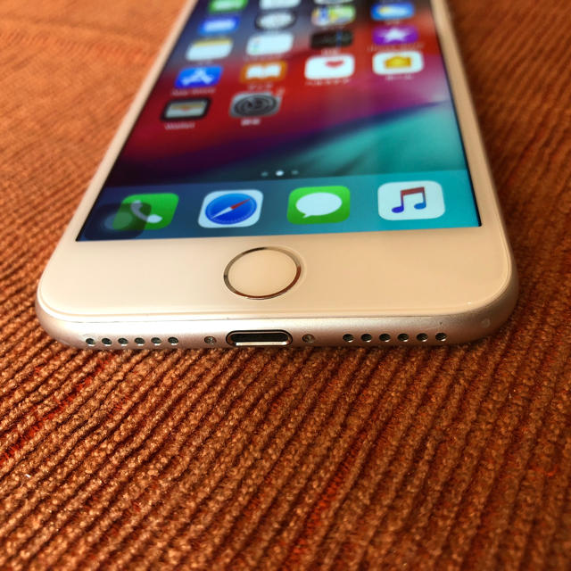 iPhone(アイフォーン)のiPhone7 ジャンク品 スマホ/家電/カメラのスマートフォン/携帯電話(スマートフォン本体)の商品写真