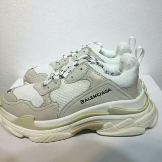 バレンシアガ(Balenciaga)のBalenciaga Triple S バレンシアガ トリプルS スニーカー(スニーカー)