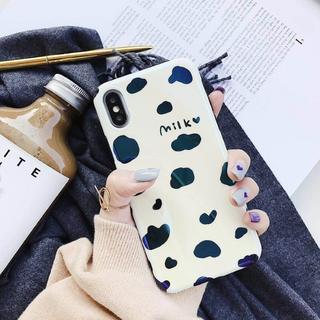 iPhoneX Milk ミルク 牛 ブチ 模様 青光沢 ソフトケース