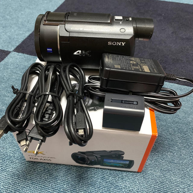 SONY(ソニー)の【美品】 SONY FDR-AX55 4K 付属品完備 スマホ/家電/カメラのカメラ(ビデオカメラ)の商品写真