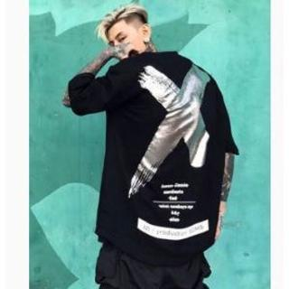 ストリート系 韓国ファッション バックプリント ロゴTシャツ(Tシャツ/カットソー(半袖/袖なし))