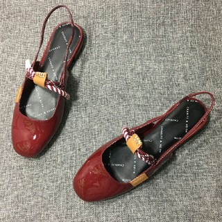 Charles and Keith - 今日大特価【CHARLES&KEITH】フラットシューズ