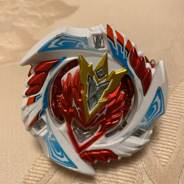 Takara Tomy(タカラトミー)のベイブレード バースト 超Zバルキリー はじめしゃちょーバージョン エンタメ/ホビーのおもちゃ/ぬいぐるみ(キャラクターグッズ)の商品写真