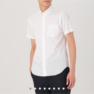 ムジルシリョウヒン(MUJI (無印良品))の【新品・半額以下】無印 紳士 形態安定シャツ L(シャツ)
