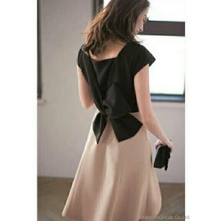 JUSGLITTY - 新品、タグ付き  配色バックリボンワンピース  ドレス