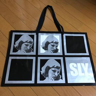 スライ(SLY)の大きめ かわいい SLY ショッパー(ショップ袋)