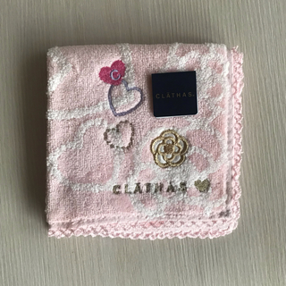 クレイサス(CLATHAS)の【タグ付き新品未使用】CLATHAS♡ハートが可愛い💕タオルハンカチ(ハンカチ)