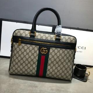 Gucci - Gucci  ビジネスバッグ