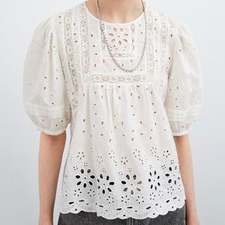 ZARA - ZARA カットワーク刺繍入りシャツ