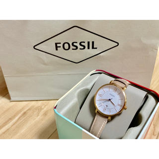FOSSIL - ⭐️ fossil 腕時計 ⭐️★レディース★紙袋・箱付き★アナログ 腕時計★