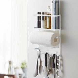 【大幅値下げ】マグネット冷蔵庫サイドラック キッチンペーパーホルダー(収納/キッチン雑貨)