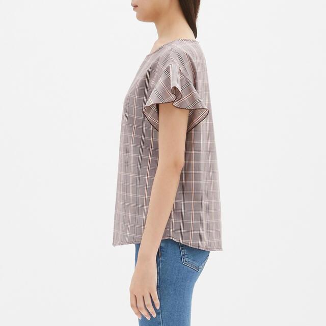 GU(ジーユー)の新品 GU チェックフリルスリーブブラウス 半袖 L レディースのトップス(シャツ/ブラウス(半袖/袖なし))の商品写真