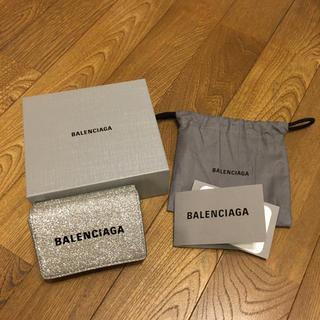 Balenciaga - 新作!バレンシアガ エブリディ 三つ折り財布