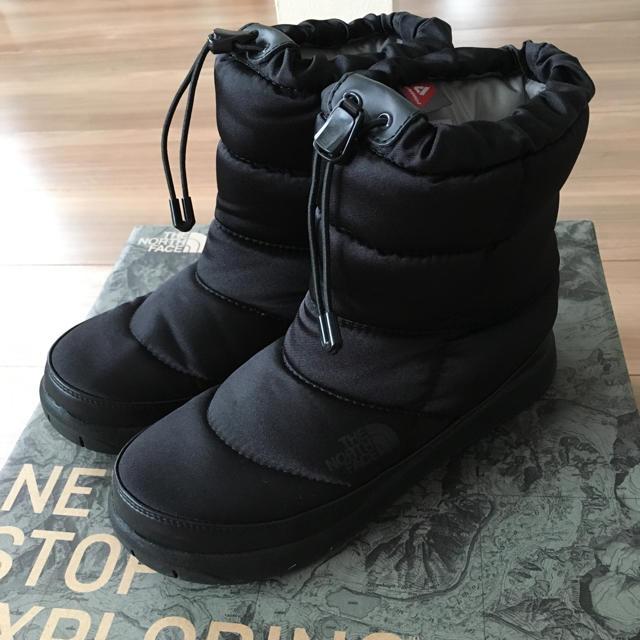 THE NORTH FACE(ザノースフェイス)の専用です!超美品 THE NORTH FACE ヌプシブーツ☆ レディースの靴/シューズ(ブーツ)の商品写真