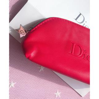 Dior - ⭐️DIOR スターチャームポーチ❤️レッド❤️新品未使用❤️