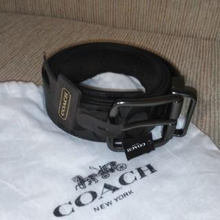 コーチ(COACH)の【新品】コーチCOACH シグニチャー メンズベルト ブラック ハワイ購入品(ベルト)