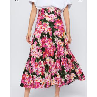 ZARA - ベルト付き花柄スカート