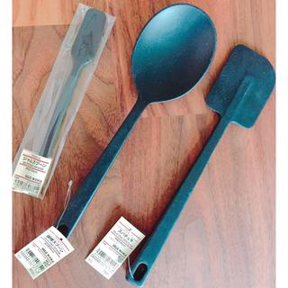 ムジルシリョウヒン(MUJI (無印良品))のシリコン製調理スプーン、スパチュラ、ジャムスプーン  3品セットで!(調理道具/製菓道具)