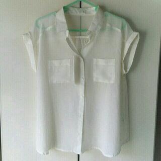 ジーユー(GU)のGUエアリーシャツ(シャツ/ブラウス(半袖/袖なし))