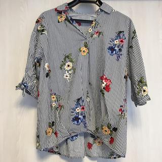 しまむら - 花柄 半袖シャツ